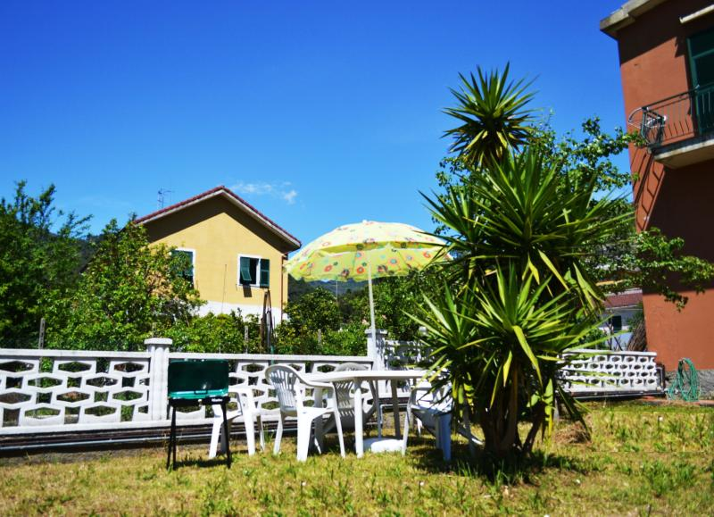 Garden - By Train to 5 terre and Portofino/2 - Deiva Marina - rentals