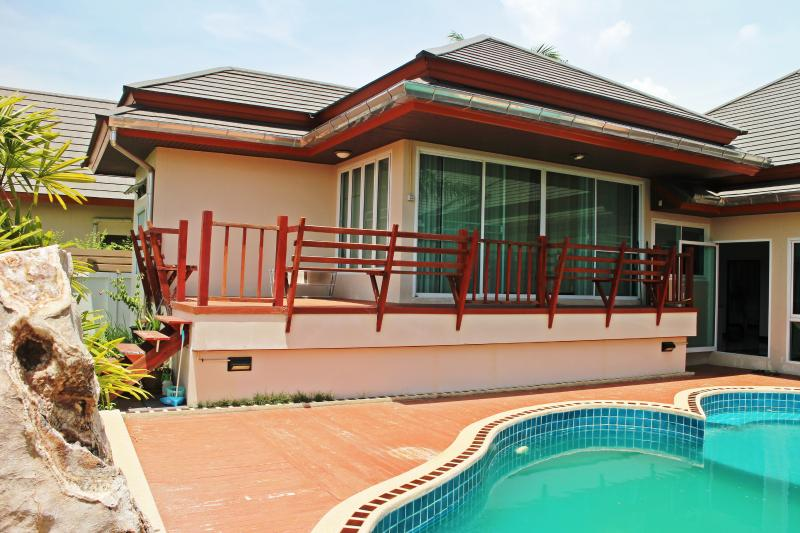 5Br Villa near Jomtien beach, Thailand - Image 1 - Pattaya - rentals