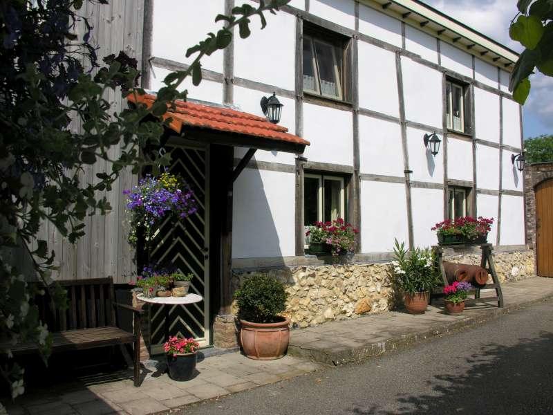 B&B Hubertahoeve Voerstreek Belgie - Unieke vakwerkboerderij De Hubertahoeve, gelegen in de Voerstreek Belgie - Raesfeld - rentals