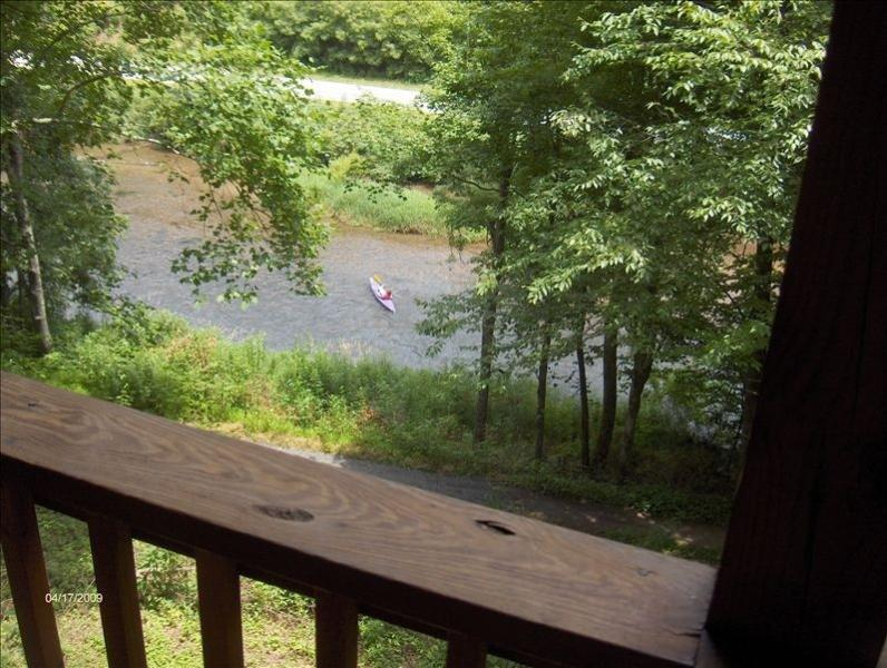 Mountain House on the New River in Todd, Boone - Image 1 - Todd - rentals