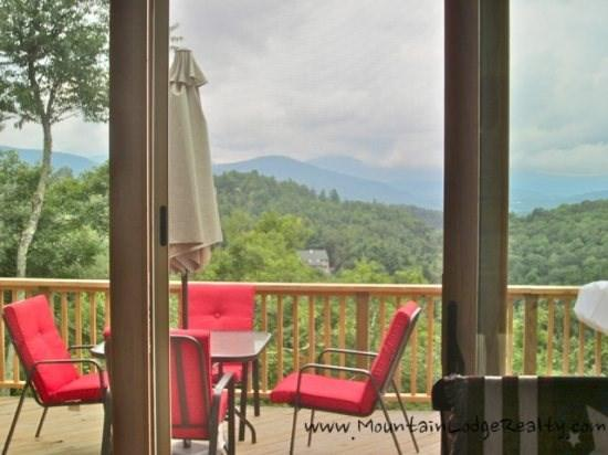 Cabin Creek Great Room with View of Blue Ridge Mountains - Cabin Creek - Blowing Rock - rentals