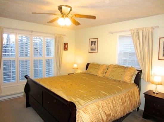 Beech Retreat Master King Bedroom Suite on Main Floor with level entry - Beech Retreat - Beech Mountain - rentals