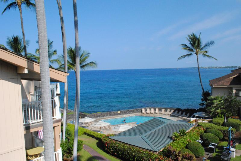 View from our Lanai - A Taste of Hawaiian Luxury  with an Ocean View - Kailua-Kona - rentals