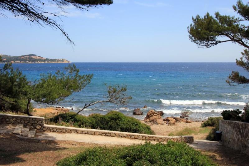 5 bedroom Villa in La Seyne Sur Mer, Provence, France : ref 1718429 - Image 1 - La Seyne-sur-Mer - rentals