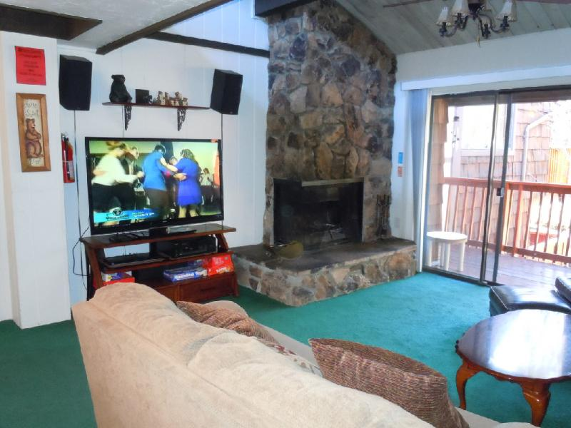 #47 Premier 2BR Townhouse w/Spa. By Snow Summit! - Image 1 - Big Bear Lake - rentals