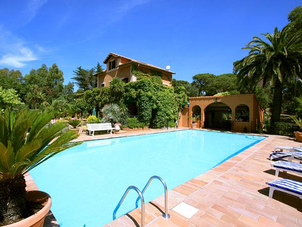 4 bedroom Villa in Fejus, Cote D Azur, Var, France : ref 1718566 - Image 1 - Boulouris - rentals