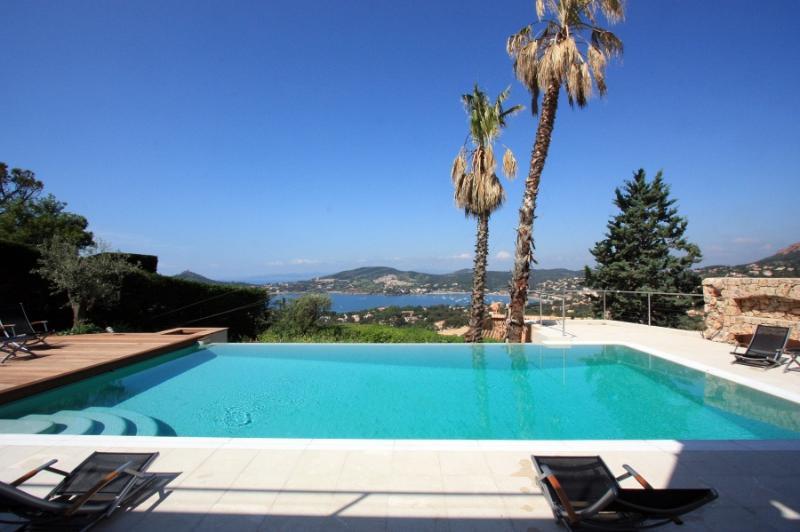 5 bedroom Villa in Agay, Cote D Azur, France : ref 1718614 - Image 1 - Agay - rentals