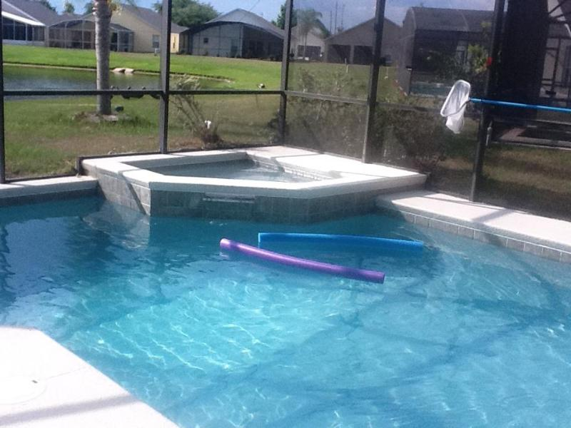 Pool and Spa - Orlando  Luxury 3/2 Disney, Lake View S/F Pool - Orlando - rentals