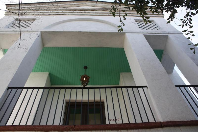Private Luxury 3 Bedroom House In Downtown Charleston - Image 1 - Charleston - rentals