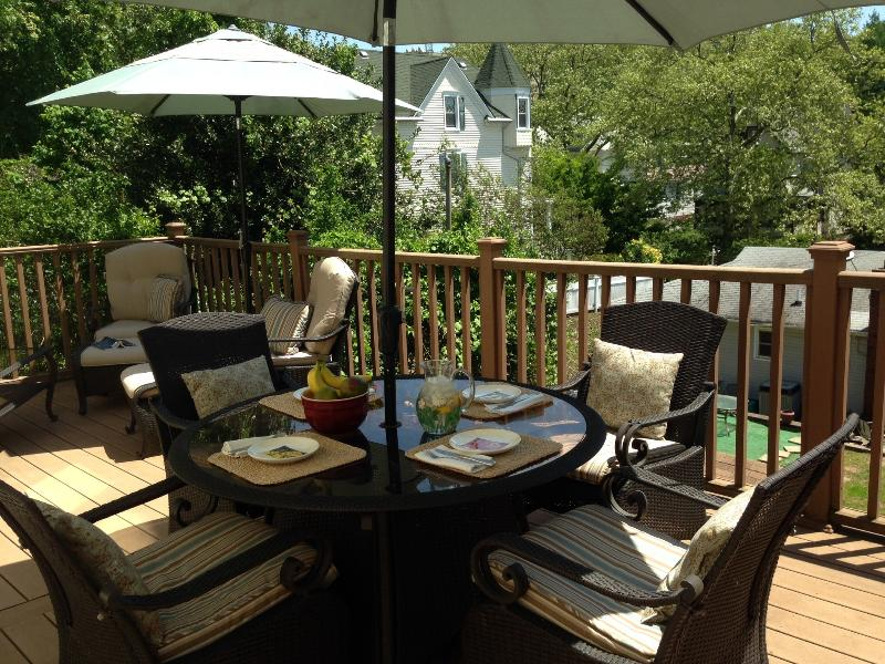 Relax on the back deck! - Four-Bedroom Victorian Near Ferry - Staten Island - rentals