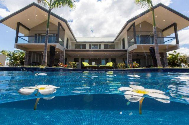 Stunning Villa Sleeps 8-10 with Private Pool - Image 1 - Nadi - rentals