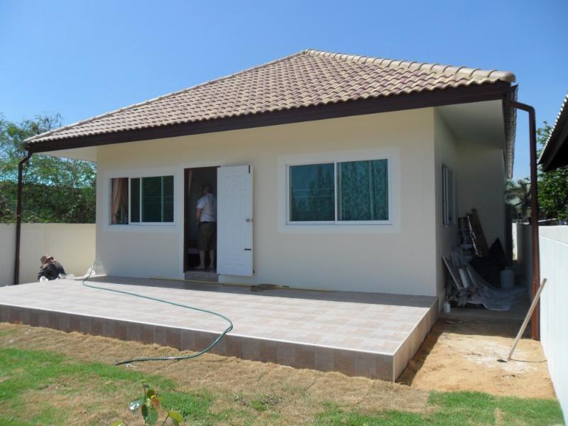 Villas for rent in Hua Hin: V6106 - Image 1 - Hua Hin - rentals