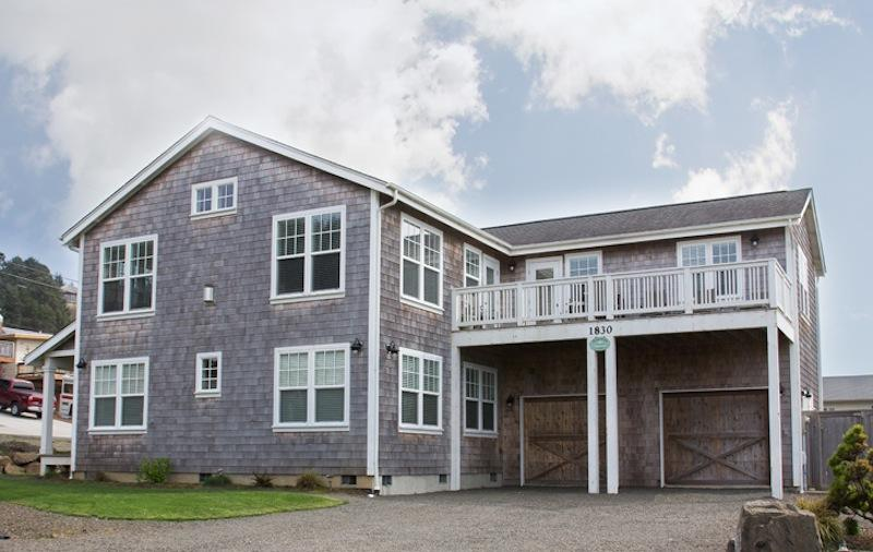 Emerald Cove - Image 1 - Lincoln City - rentals