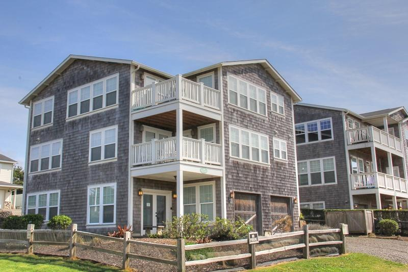 Fair Winds Journey - Image 1 - Lincoln City - rentals