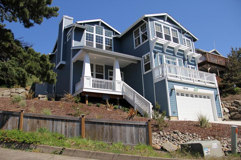 Pacific View - Image 1 - Lincoln City - rentals