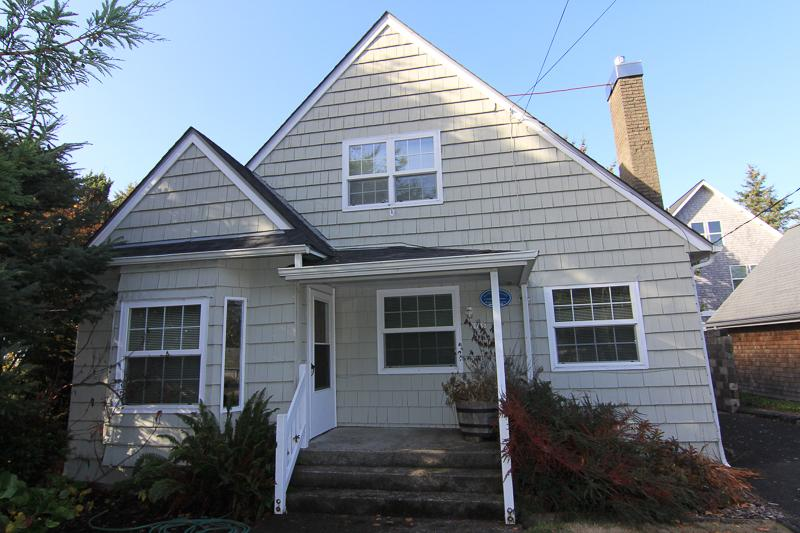 Bay Front Escape - Image 1 - Lincoln City - rentals