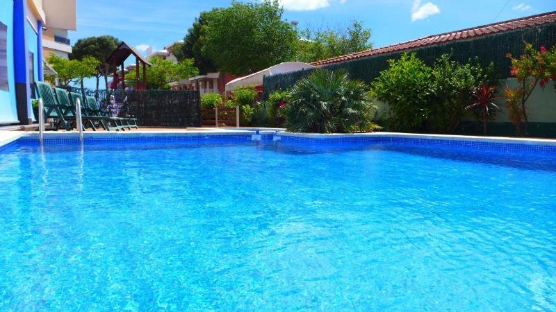 Rentalmar Costa Verde - Apartment 2/4 - Image 1 - Cambrils - rentals