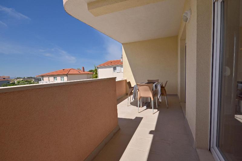 Apartments Johnny - 46211-A3 - Image 1 - Stobrec - rentals