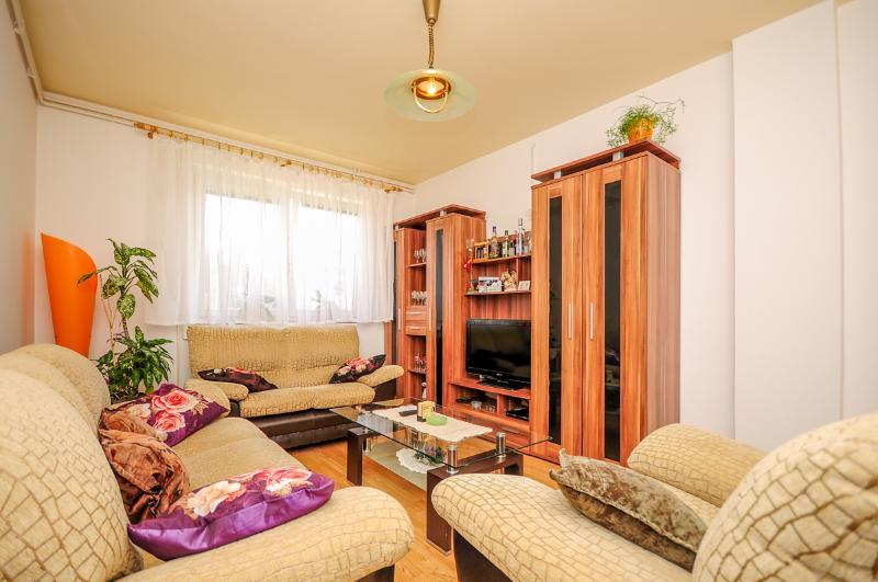 House Marijana - 80991-K1 - Image 1 - Smoljanac - rentals