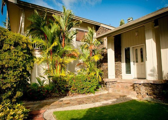 15% off April/May! **Construction Special, book 7 nights and receive 1 free - Image 1 - Princeville - rentals
