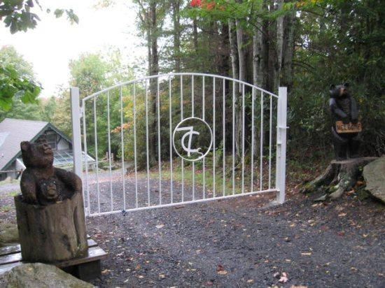 Gate to Greenhouse and Penthouse - Greenhouse and Penthouse - Beech Mountain - rentals