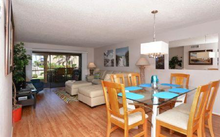 Living & Dining Areas - Chinaberry 415 - Siesta Key - rentals