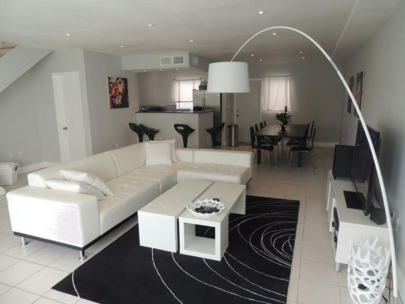 TH2 - 3 Bedroom Townhouse in Miami Beach, large Patio area, 10 min walk to the - Image 1 - Miami Beach - rentals