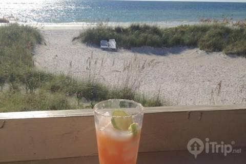 2 Pipers Nest - Image 1 - Indian Shores - rentals