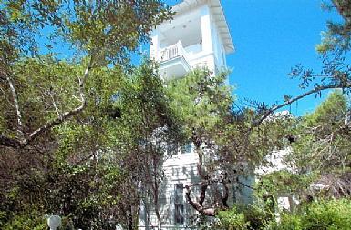 Front Exterior - Secret Garden - Seaside - rentals