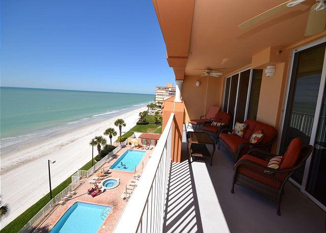 La Contessa 503 - Fabulous Gulf Front Penthouse on Redington Beach! - Image 1 - Redington Beach - rentals