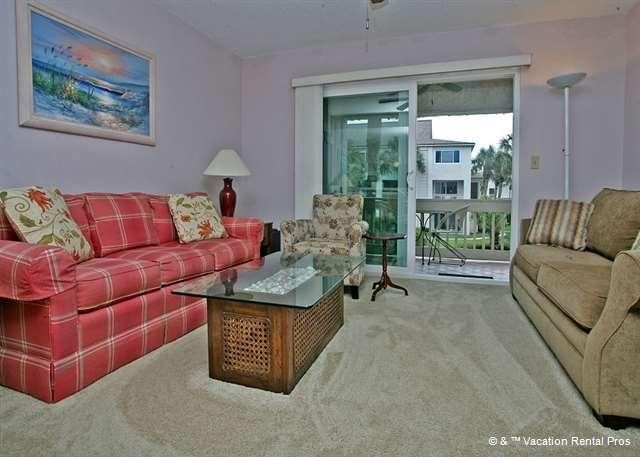 Four Winds H7 comfortably sleeps 6 people. - Four Winds H7, HDTV, 2 pools, tennis, beach access - Saint Augustine - rentals