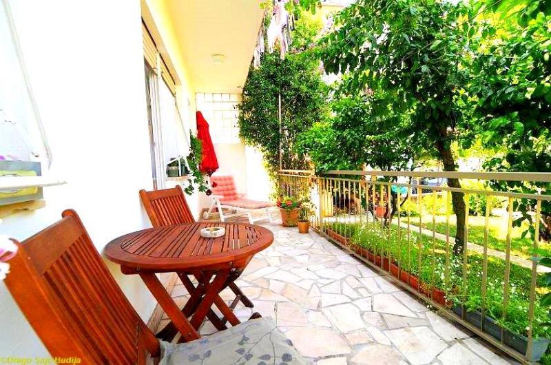 Terrace Apartment in Podstrana - Image 1 - Podstrana - rentals