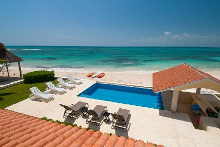 Magnificent Villa Carolina with Air Conditioning, Gourmet Kitchen, Oceanside Pool - Image 1 - Playa Paraiso - rentals