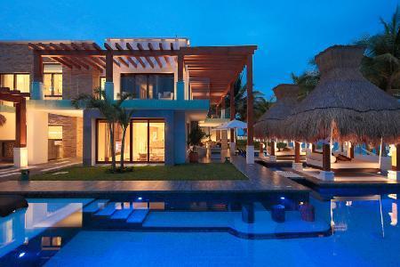 Plush, Modern Villa with 200 Feet of Oceanfront Viewing - Azul Villa Esmeralda - Image 1 - Puerto Morelos - rentals