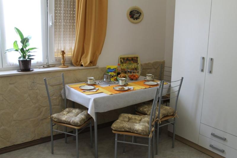 Apartment Jadranka - 45591-A1 - Image 1 - Split - rentals