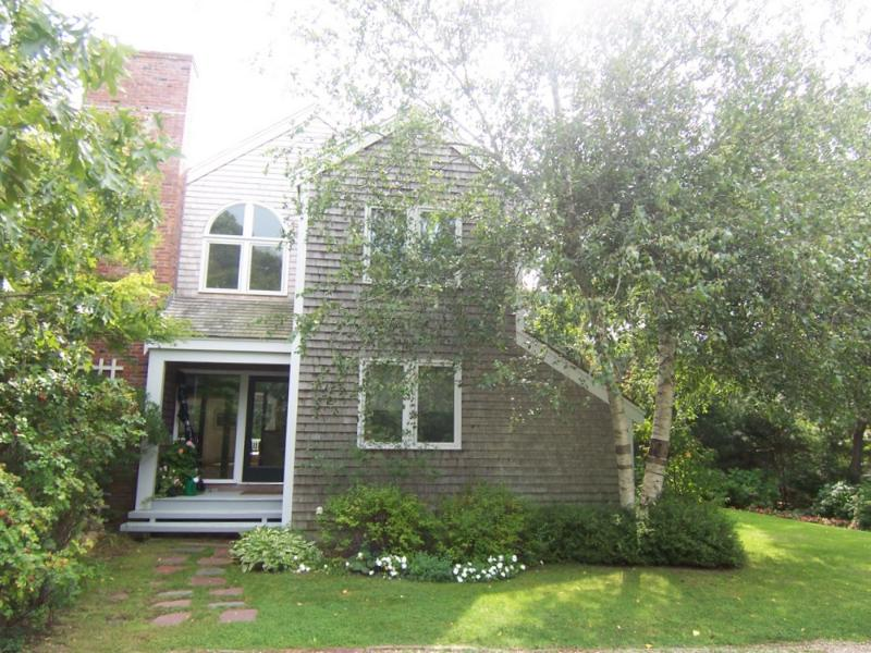 158 - Great Space and Privacy and Close to Town - Image 1 - Edgartown - rentals