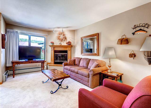 River Mountain Lodge Living Area Breckenridge Lodging - River Mountain Lodge W315 Ski-in Condo Downtown Breckenridge Vacation - Breckenridge - rentals