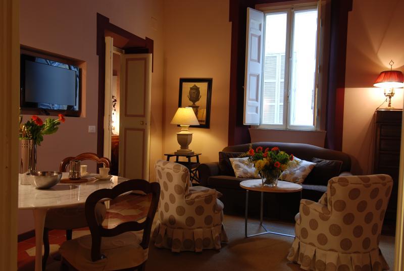 Campo dei Fiori - 2502 - Rome - Image 1 - Rome - rentals