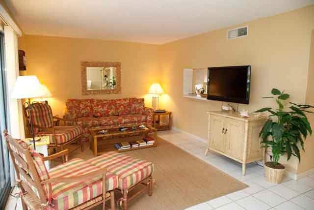 Living room - Gulfside Townhouse A - Siesta Key - rentals