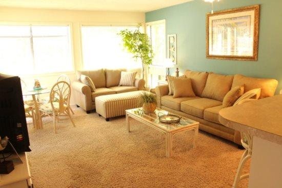 Awesome Vacation Condo ....Very Tropical! 19175 - Image 1 - Myrtle Beach - rentals