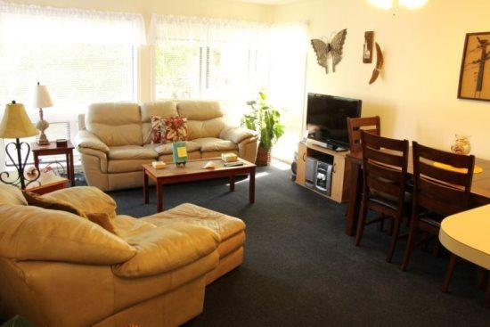 Great Condo in a Community 1 Block from the Beach, - Image 1 - Myrtle Beach - rentals