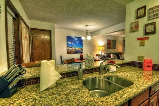 Beautifully Remodeled Kitchen Open to Dining Room - Shadow Run D 106 - Steamboat Springs - rentals