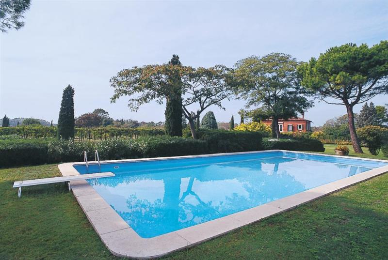 Villa in Villa Veneto | Rent Villas | Classic Vacation - Image 1 - Venice - rentals