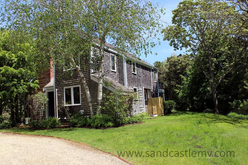 129 - Beautiful Edgartown Village Home with Central Air Conditioning - Image 1 - Edgartown - rentals