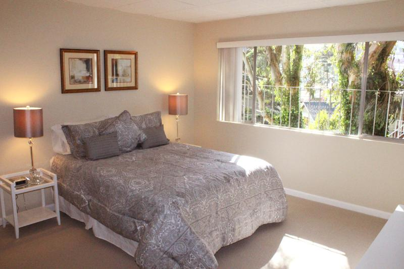 Grand View Suite - Image 1 - Forest Knolls - rentals