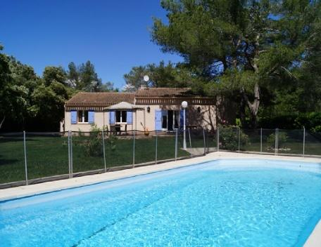 Holiday rental Villas Saint Cannat (Bouches-du-Rhône), 160 m², 1 995 € - Image 1 - Saint-Cannat - rentals