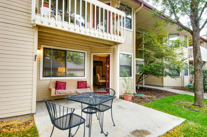Cozy dog-friendly Boise condo with shared pool, sauna, & hot tub - Image 1 - Boise - rentals