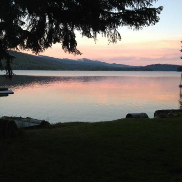Gorgeous lakefront cabin with picturesque views and a private dock! - Image 1 - McCall - rentals