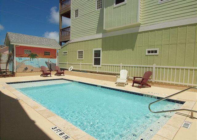 Community Pool - Peyton's Abbey 104PR - Port Aransas - rentals