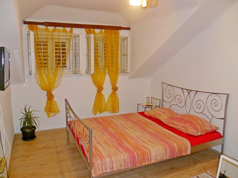 Apartment Drago - 44751-A1 - Image 1 - Split - rentals